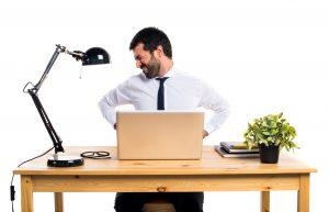 Nhân veien văn phòng nên được massage vai gáy